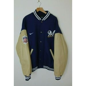 Vintage Nike Team 2XL Milwaukee Brewers Jacket